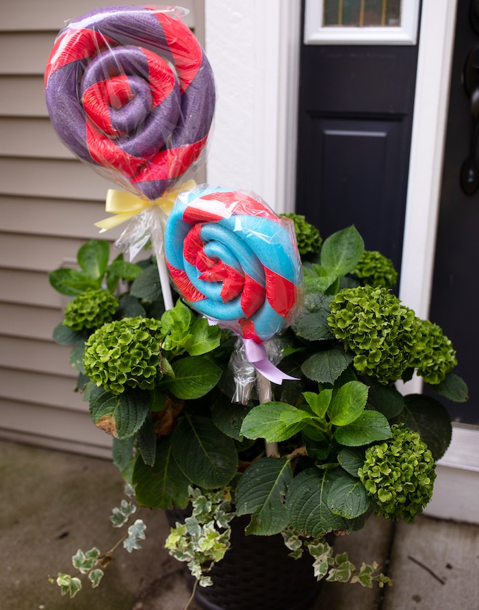 Pool Noodle Lollipop Decorations from a Wreck-it-Ralph Birthday Party on Kara's Party Ideas | KarasPartyIdeas.com (8)