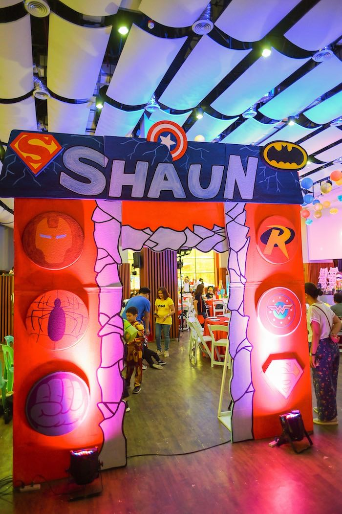 Superhero Themed Arch + Party Entrance from a DC vs Marvel: Battle of the Universe Superhero Birthday Party on Kara's Party Ideas | KarasPartyIdeas.com (17)