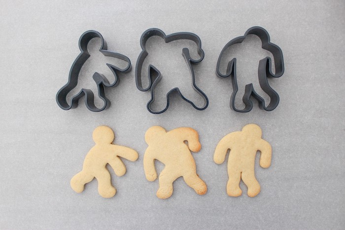 DIY Zombie Halloween Cookies on Kara's Party Ideas | KarasPartyIdeas.com (19)