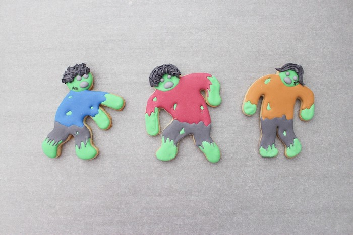 DIY Zombie Halloween Cookies on Kara's Party Ideas | KarasPartyIdeas.com (12)