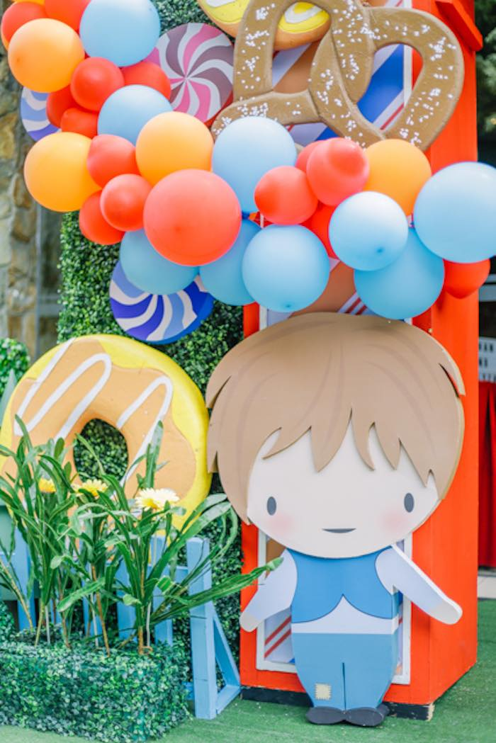 Hansel Standee + Prop from a Hansel & Gretel Inspired Birthday Party on Kara's Party Ideas | KarasPartyIdeas.com (27)
