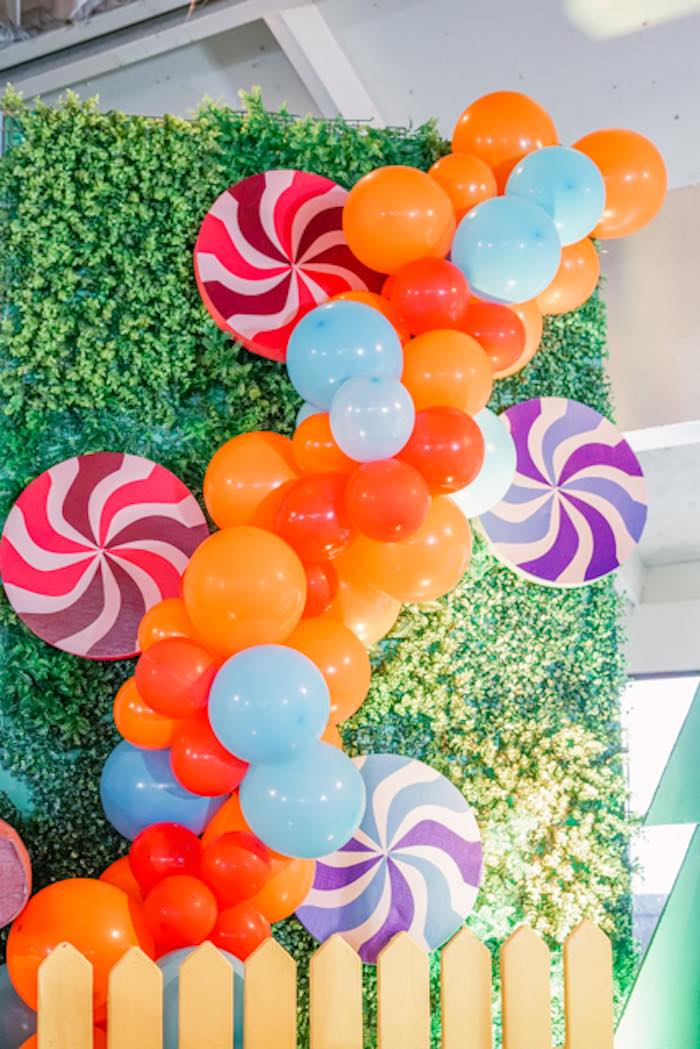 Lollipop Balloon Garland from a Hansel & Gretel Inspired Birthday Party on Kara's Party Ideas | KarasPartyIdeas.com (21)