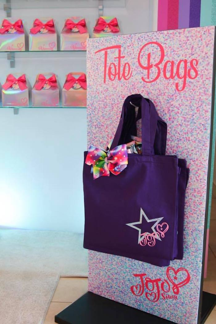 Tote Favor Bags from a JoJo Siwa Inspired Birthday Party on Kara's Party Ideas | KarasPartyIdeas.com (10)