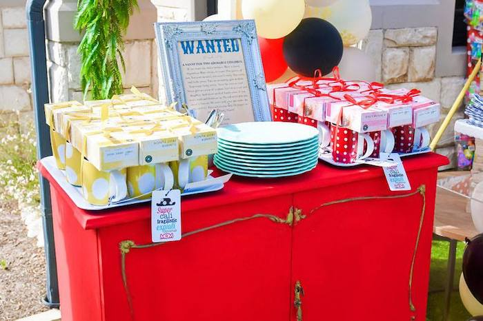 Party Table from a Mary Poppins Birthday Party on Kara's Party Ideas | KarasPartyIdeas.com (9)