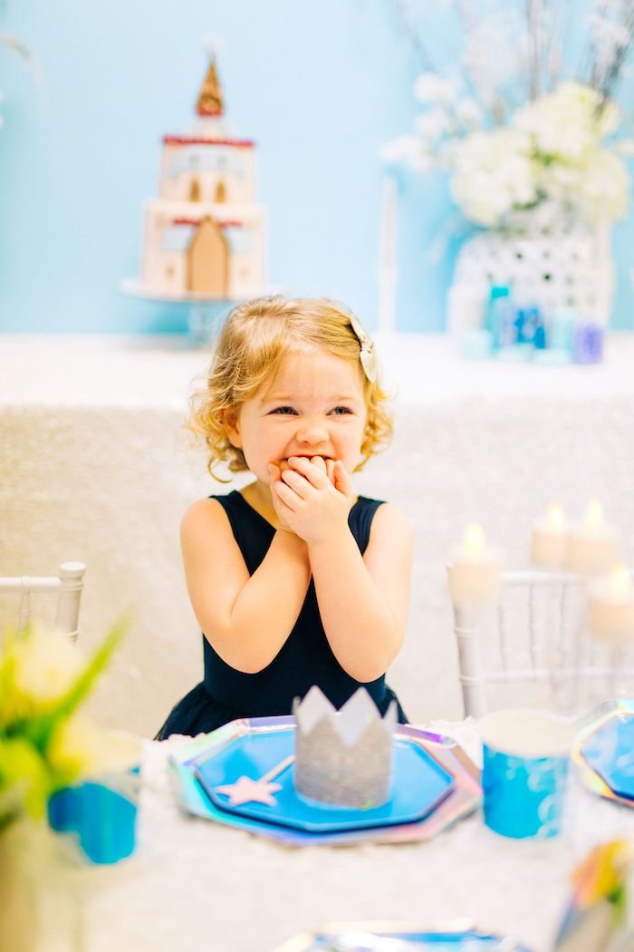 Modern Frozen Birthday Party on Kara's Party Ideas | KarasPartyIdeas.com (20)