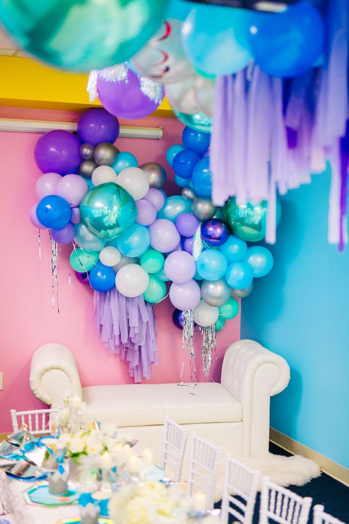 Balloon Wall + Photo Booth from a Modern Frozen Birthday Party on Kara's Party Ideas | KarasPartyIdeas.com (8)