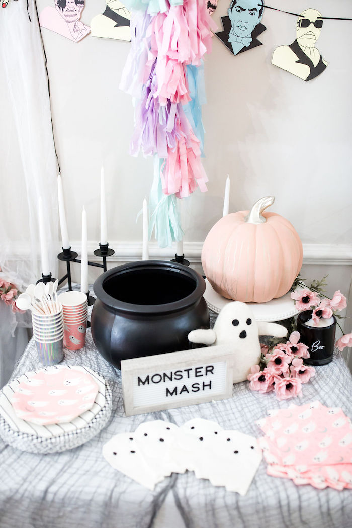 Monster Mash Halloween Party Table on Kara's Party Ideas | KarasPartyIdeas.com (49)