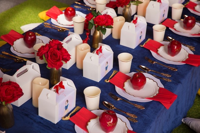 Snow White Themed Guest Table + Table Settings from a Snow White Birthday Party on Kara's Party Ideas | KarasPartyIdeas.com (6)