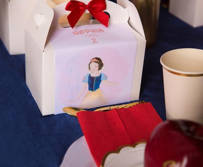 Snow White Gable Box from a Snow White Birthday Party on Kara's Party Ideas | KarasPartyIdeas.com (20)