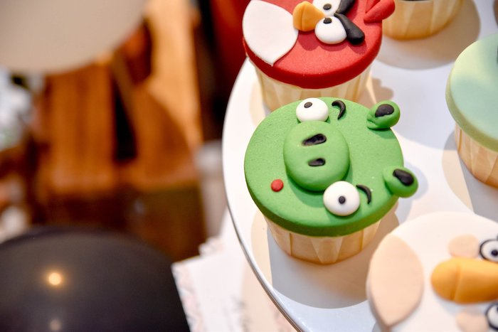Angry Birds Cupcakes from an Angry Birds Birthday Party on Kara's Party Ideas | KarasPartyIdeas.com (18)