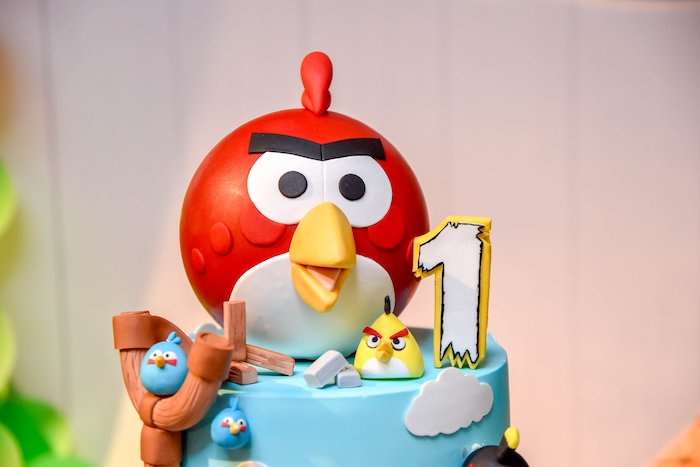 Angry Birds Birthday Cake from an Angry Birds Birthday Party on Kara's Party Ideas | KarasPartyIdeas.com (15)