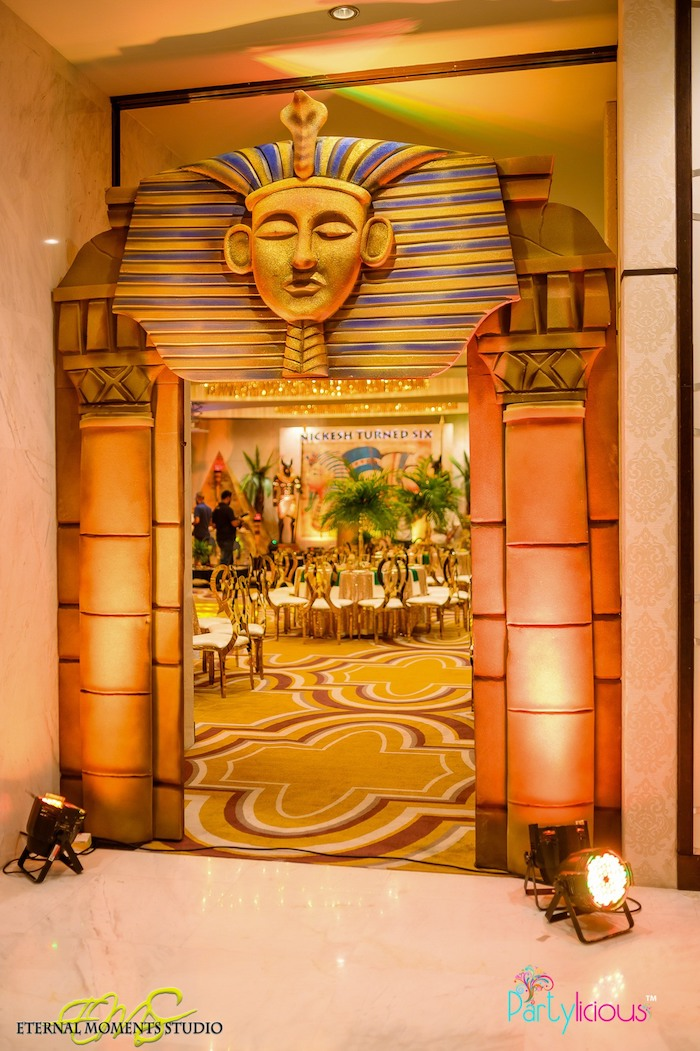 Pharaoh Entrance Arch from an Egyptian Themed Birthday Party on Kara's Party Ideas | KarasPartyIdeas.com (45)