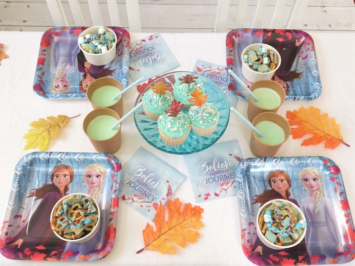 Frozen Themed Guest Tablescape from a Frozen Themed Hot Chocolate & Dessert Bar on Kara's Party Ideas | KarasPartyIdeas.com (14)