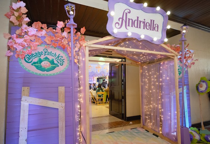 Twinkle Light Entrance from a Cabbage Patch Doll Birthday Party on Kara's Party Ideas | KarasPartyIdeas.com (6)