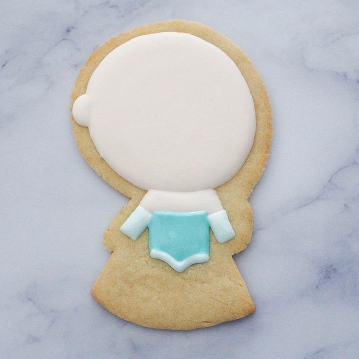 Frozen's - Elsa Cookie Tutorial on Kara's Party Ideas | KarasPartyIdeas.com