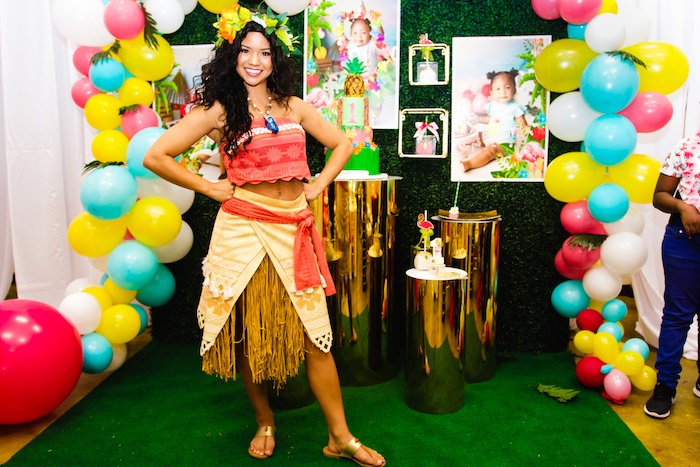 First Birthday Luau on Kara's Party Ideas | KarasPartyIdeas.com (24)