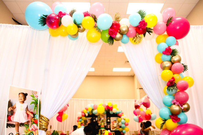 Tropical Balloon Garland from a First Birthday Luau on Kara's Party Ideas | KarasPartyIdeas.com (17)