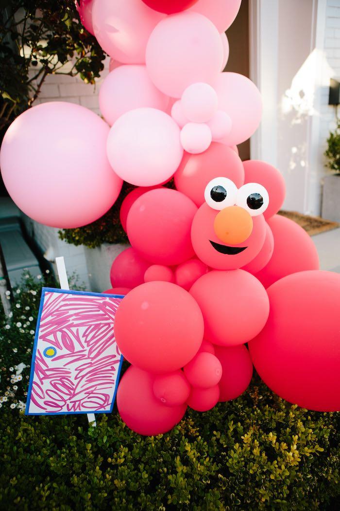 Elmo Balloon Garland from a Girly Elmo Birthday Party on Kara's Party Ideas   KarasPartyIdeas.com (20)