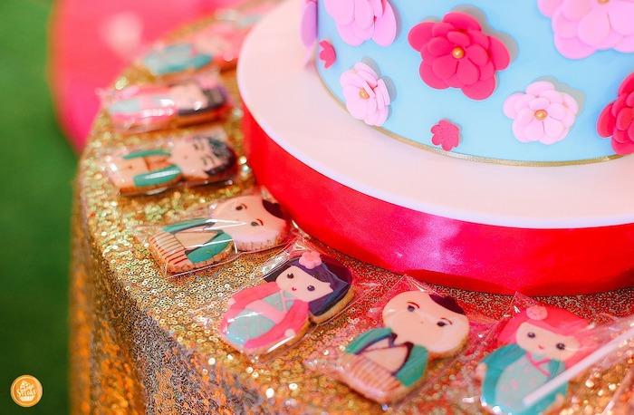 Kokeshi Doll Cookies from a Japanese Cherry Blossoms & Kokeshi Dolls Birthday Party on Kara's Party Ideas | KarasPartyIdeas.com (14)
