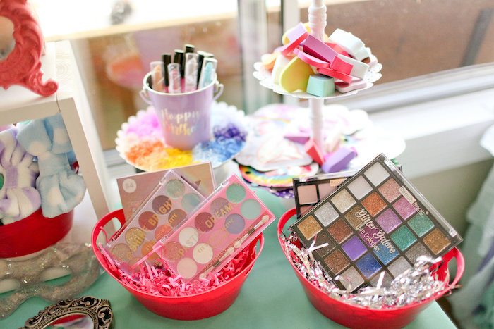 Makeup Palettes + Sponges from a Dolly & Me Sleepover on Kara's Party Ideas | KarasPartyIdeas.com (24)