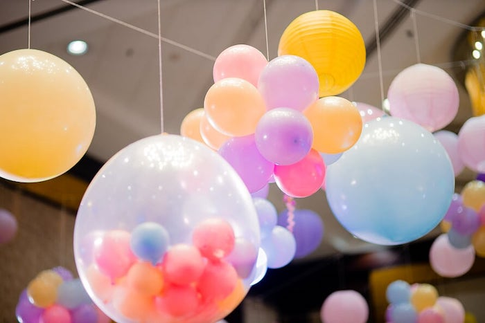 Balloon Installs + Decor from a Peppa Pig Birthday Party on Kara's Party Ideas | KarasPartyIdeas.com (7)