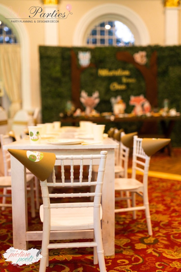 Guest Table from a Woodland Animal Birthday Party on Kara's Party Ideas   KarasPartyIdeas.com (22)