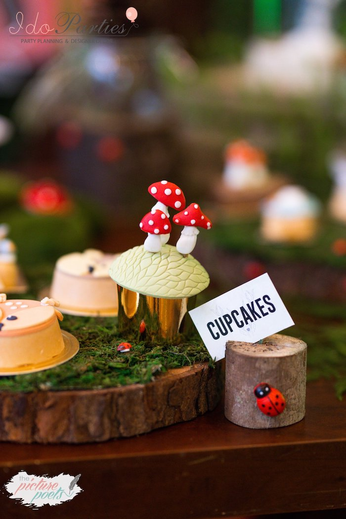 Toadstool Cupcake with Tree Stump Dessert Label from a Woodland Animal Birthday Party on Kara's Party Ideas | KarasPartyIdeas.com (16)