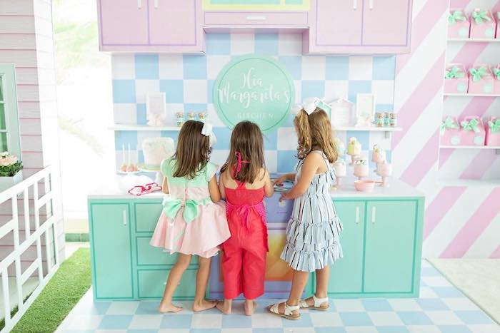 Dollhouse + Pastry Shop Birthday Party on Kara's Party Ideas | KarasPartyIdeas.com (32)