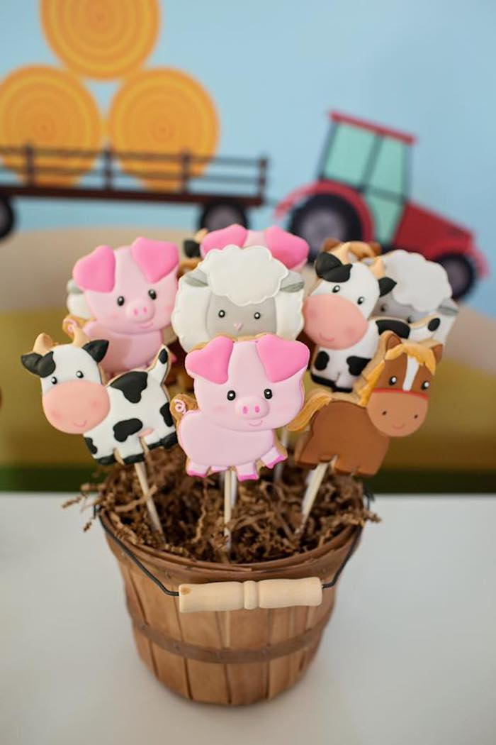 Farm Animal Cookie Pops from a Farm Birthday Party on Kara's Party Ideas | KarasPartyIdeas.com (16)