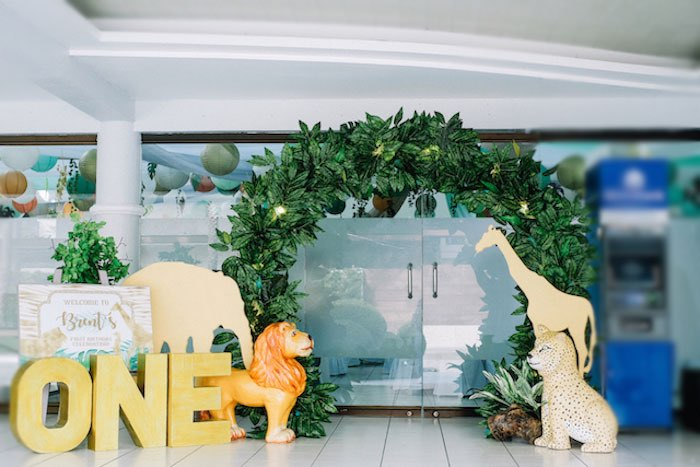 Jungle Themed Welcome Arch from a Jungle Safari Birthday Party on Kara's Party Ideas | KarasPartyIdeas.com (26)