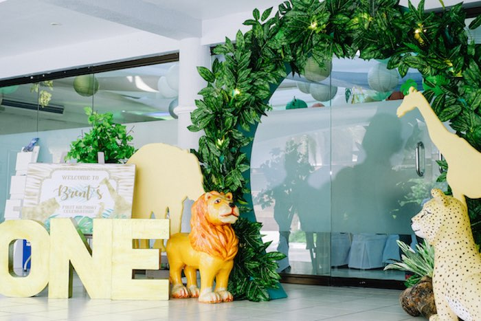 Jungle Themed Welcome Arch from a Jungle Safari Birthday Party on Kara's Party Ideas | KarasPartyIdeas.com (25)