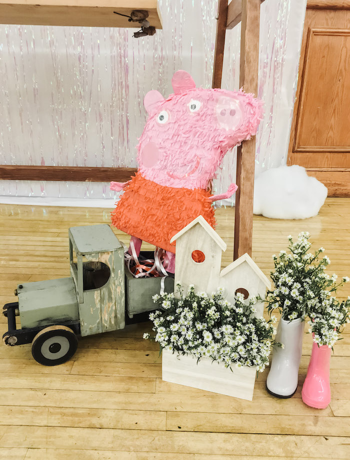 Muddy Puddles Peppa Pig Party on Kara's Party Ideas | KarasPartyIdeas.com (17)