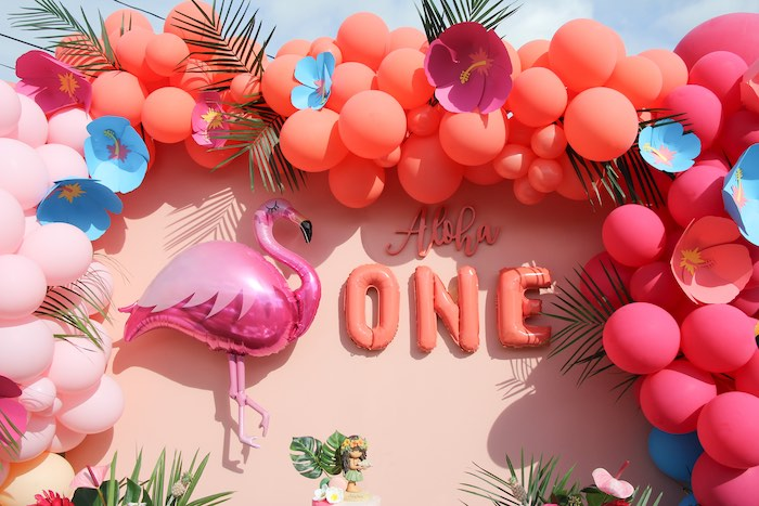 "Tropical Balloon Garland + Backdrop from an ""Aloha ONE"" Tropical 1st Birthday Party on Kara's Party Ideas | KarasPartyIdeas.com (22)"