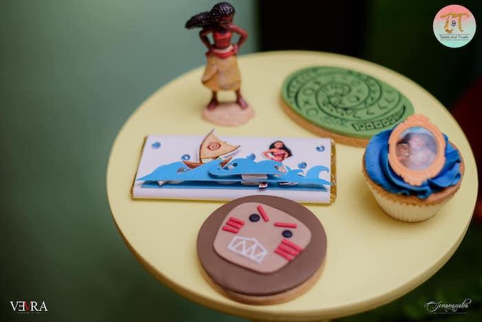 Moana Cookies + Sweets from a Moana Birthday Party on Kara's Party Ideas | KarasPartyIdeas.com (34)