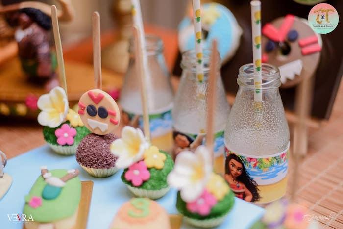 Moana Themed Cake Pops from a Moana Birthday Party on Kara's Party Ideas | KarasPartyIdeas.com (29)