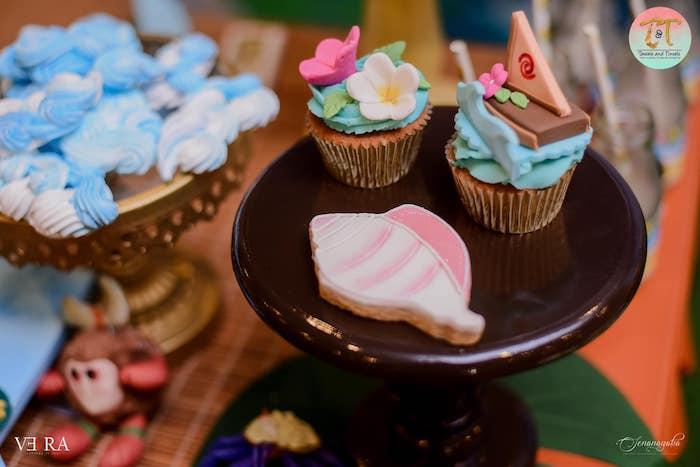 Moana Themed Cupcakes + Shell Cookie from a Moana Birthday Party on Kara's Party Ideas | KarasPartyIdeas.com (22)