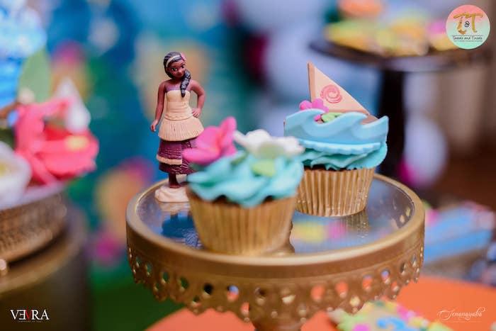 Moana-inspired Cupcakes from a Moana Birthday Party on Kara's Party Ideas | KarasPartyIdeas.com (20)
