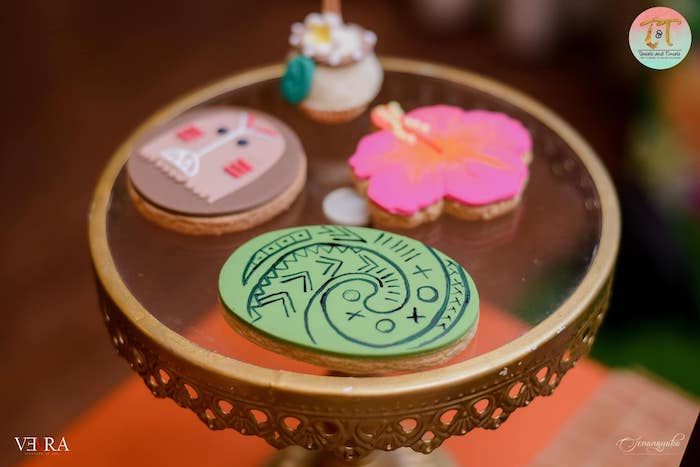 Moana Cookies + Sweets from a Moana Birthday Party on Kara's Party Ideas | KarasPartyIdeas.com (14)