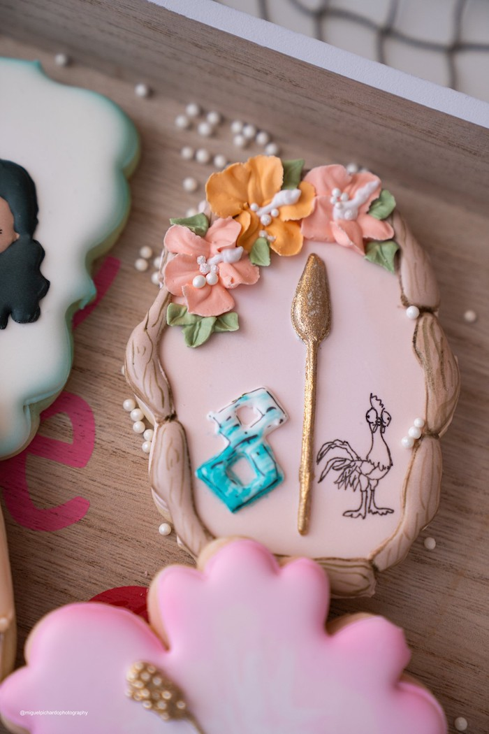 Moana-inspired Sugar Cookie from a Modern & Fresh Moana Birthday Party on Kara's Party Ideas | KarasPartyIdeas.com (22)