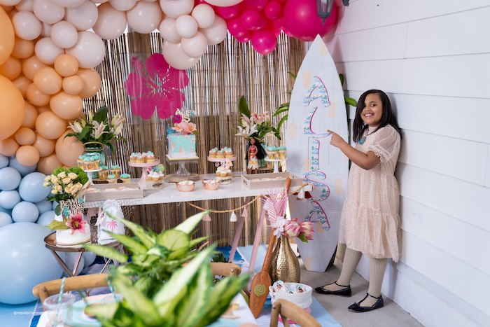 Modern & Fresh Moana Birthday Party on Kara's Party Ideas | KarasPartyIdeas.com (19)
