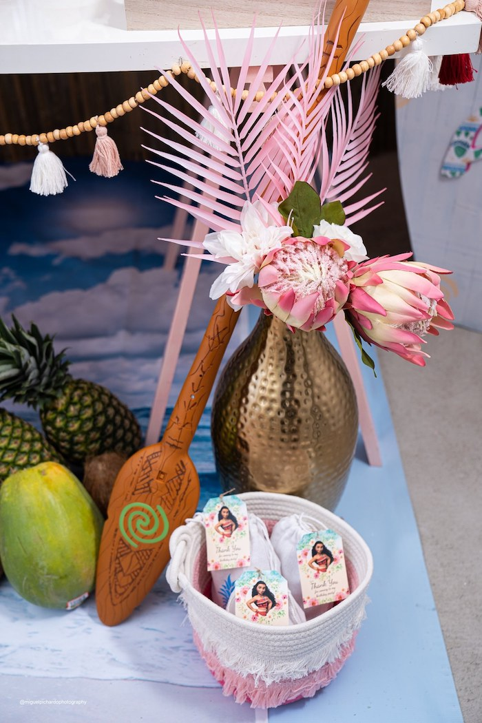 Moana's Paddle + Tropical Decor from a Modern & Fresh Moana Birthday Party on Kara's Party Ideas | KarasPartyIdeas.com (15)