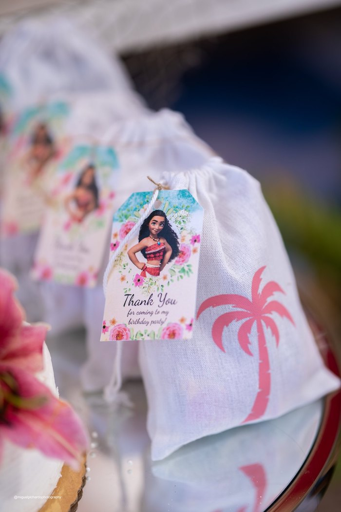 Moana Favor Tag from a Modern & Fresh Moana Birthday Party on Kara's Party Ideas | KarasPartyIdeas.com (10)