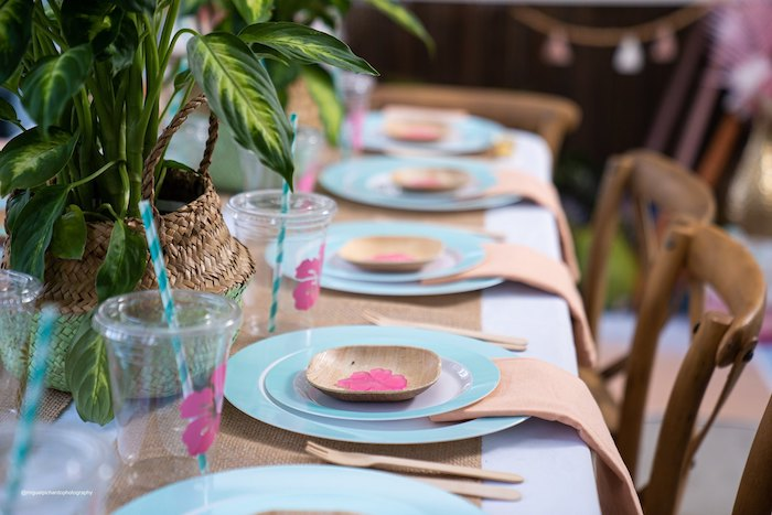 Moana Themed Guest Tablescape from a Modern & Fresh Moana Birthday Party on Kara's Party Ideas | KarasPartyIdeas.com (31)
