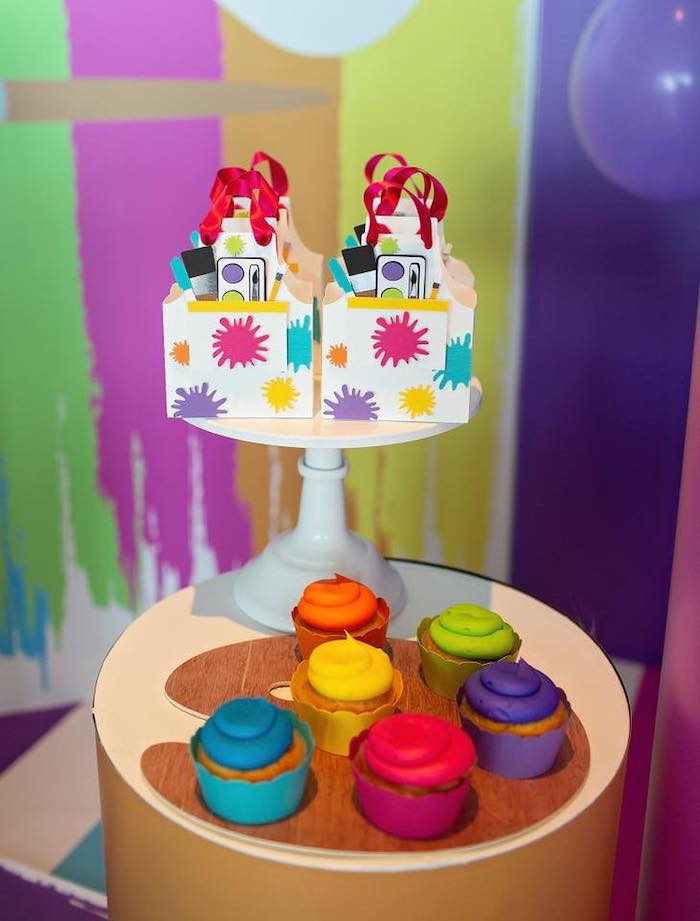 Paint Palette Cupcakes + Splatter Favor Boxes from a Neon Art Party on Kara's Party Ideas | KarasPartyIdeas.com (9)