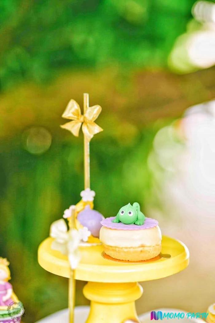 Pascal Tart + Tangled Treats from a Tangled Birthday Party on Kara's Party Ideas | KarasPartyIdeas.com (16)