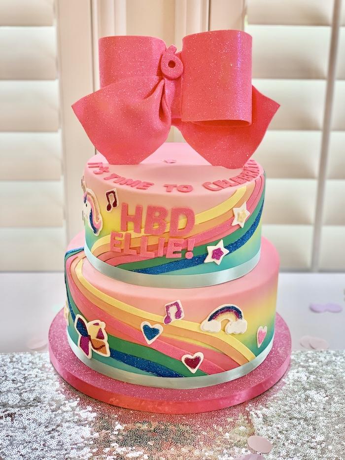 Pastel inspirado en Jojo Siwa de una gran fiesta de cumpleaños de Jojo Siwa Dream en Kara's Party Ideas | KarasPartyIdeas.com