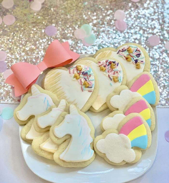 Cookies inspiradas en Jojo Siwa de una gran fiesta de cumpleaños de Jojo Siwa Dream en Kara's Party Ideas | KarasPartyIdeas.com