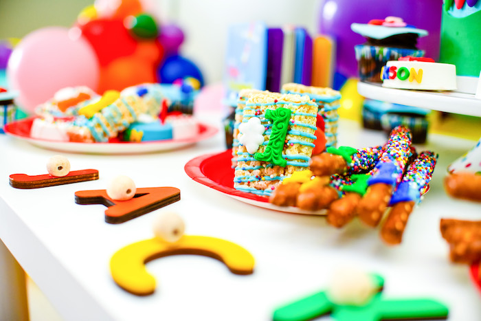 Krispie Treats and Pretzel Sticks from a BabyFirst TV Inspired Birthday Party on Kara's Party Ideas | KarasPartyIdeas.com (9)