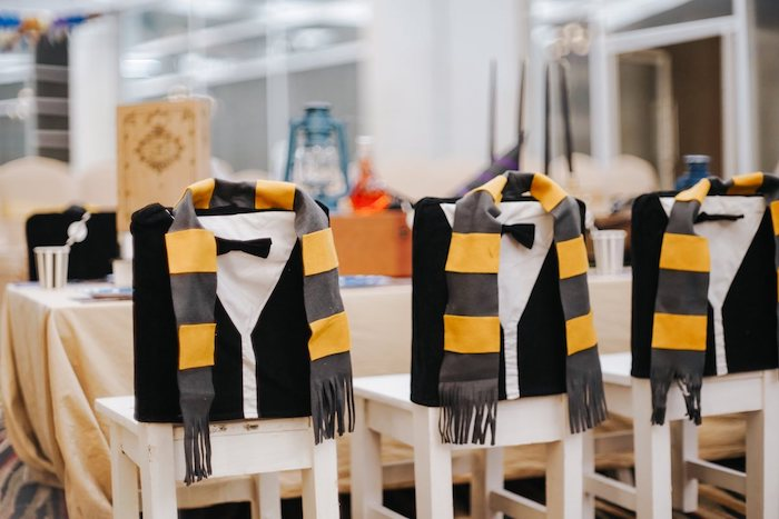 Fantastic Beasts-inspired Kid Table from a Fantastic Beasts Birthday Party on Kara's Party Ideas | KarasPartyIdeas.com (24)
