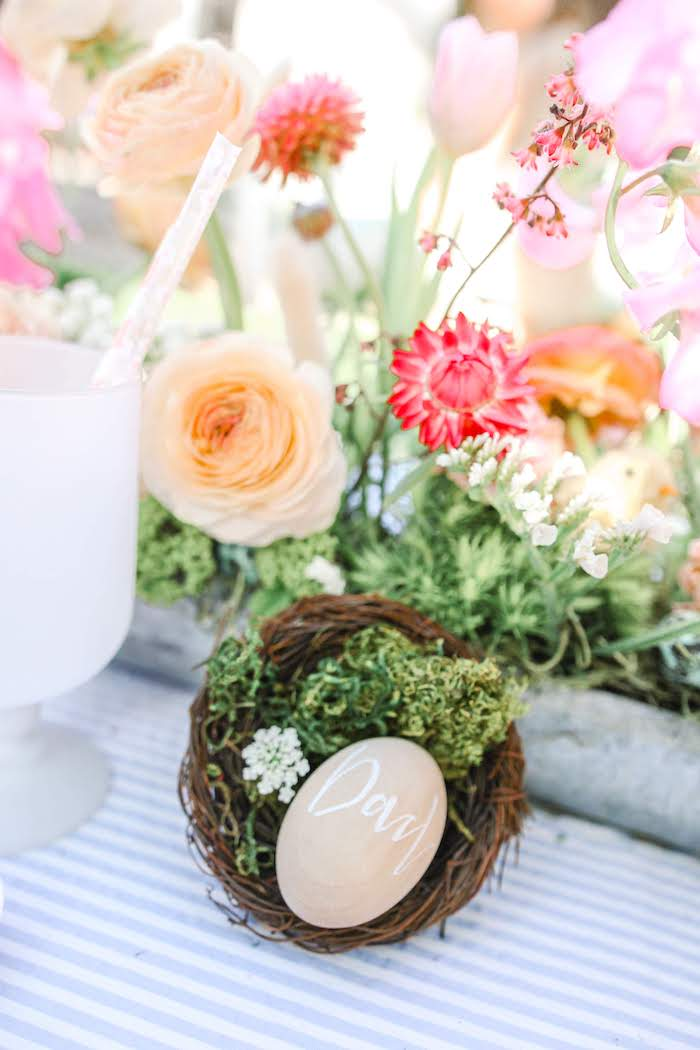 Nested Egg Place Setting from an Outdoor Easter Picnic on Kara's Party Ideas | KarasPartyIdeas.com (7)